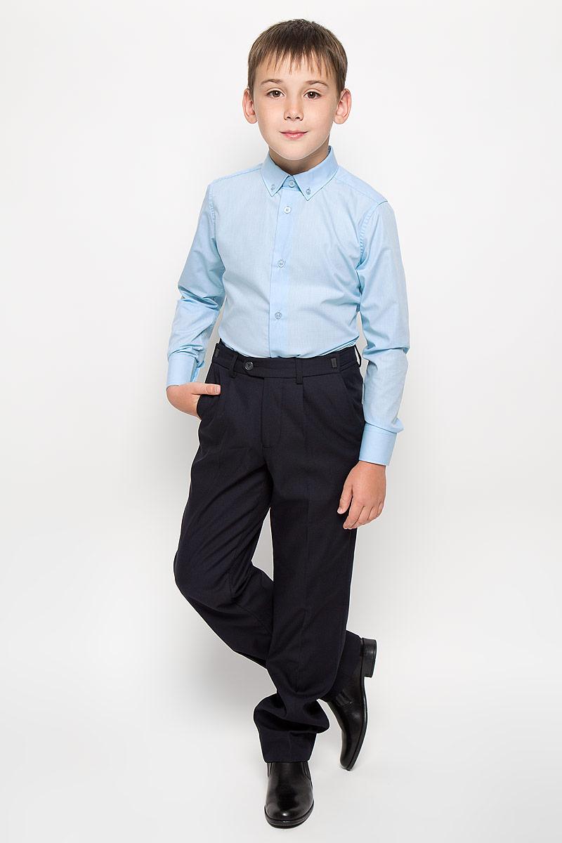 Рубашка для мальчика Orby School, цвет: голубой. 64187_OLB, вар.2. Размер 164, 12-13 лет64187_OLB, вар.2Стильная рубашка для мальчика Orby School с длинными рукавами идеально подойдет вашему ребенку. Изготовленная из полиэстера с добавлением хлопка, она мягкая и приятная на ощупь, не сковывает движения и позволяет коже дышать, не раздражает даже самую нежную и чувствительную кожу ребенка, обеспечивая ему наибольший комфорт. Рубашка классического кроя с отложным воротничком застегивается на пуговицы по всей длине. Рукава имеют широкие манжеты, также застегивающиеся на пуговицы. Низ изделия слегка закруглен.Оригинальный современный дизайн и модная расцветка делают эту рубашку стильным предметом детского гардероба. Ее можно носить как с джинсами, так и с классическими брюками.