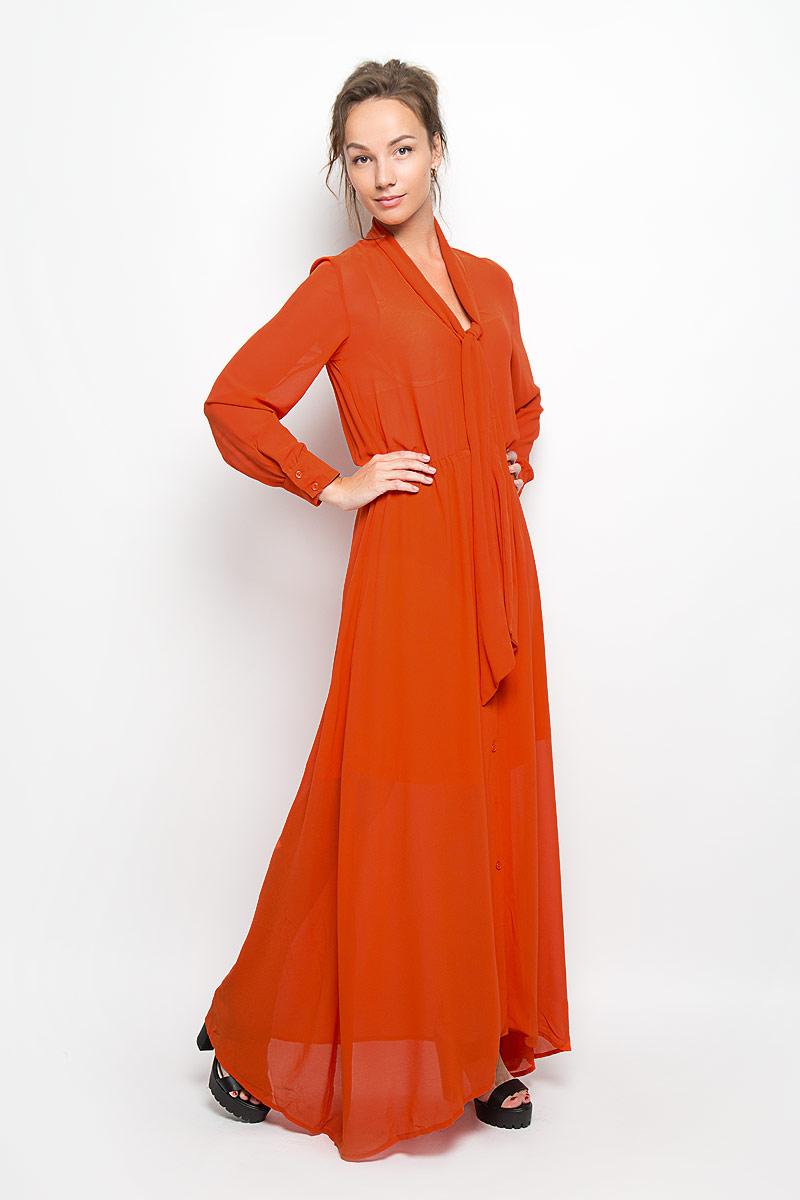 Платье Glamorous, цвет: оранжевый. KA4217 GINGER. Размер L (48)KA4217 GINGERЭлегантное и невероятно легкое платье Glamorous, выполненное из полупрозрачного материала, преподносит все достоинства женской фигуры в наиболее выгодном свете. Модель с длинными рукавами и отложным воротником, края которого переходят в широкие ленты, застегивается на пластиковые пуговицы в тон платья по всей длине. Манжеты изделия также застегиваются на пуговицы. Пояс дополнен вшитой резинкой. Юбка выполнена с подкладкой. Благодаря свойствам используемого материала изделие практически не сминается. Это яркое платье станет отличным дополнением к вашему гардеробу!