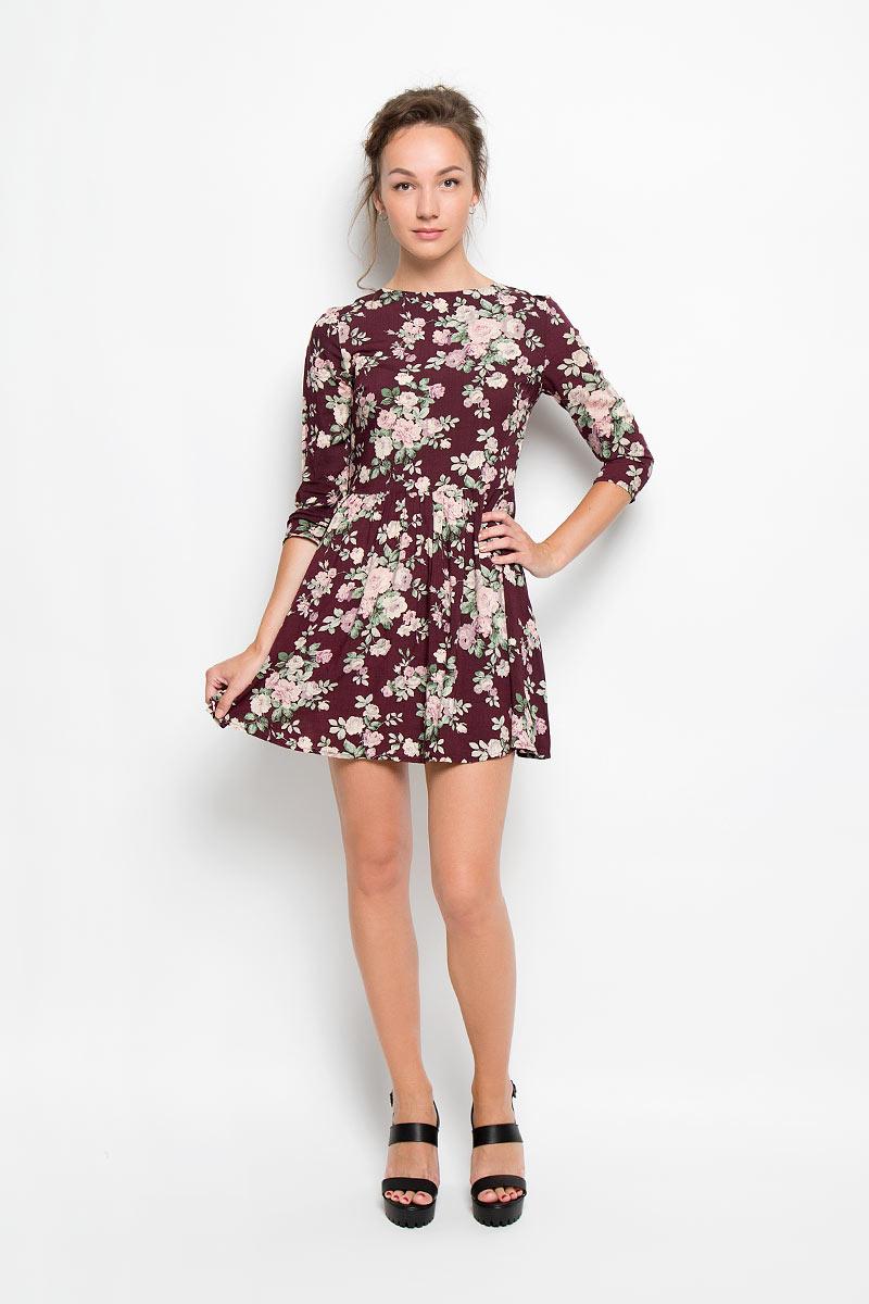 Платье Glamorous, цвет: бордовый, сиреневый, зеленый. AN1393. Размер S (44)AN1393Романтичное платье Glamorous, выполненное из высококачественной вискозы, преподносит все достоинства женской фигуры в наиболее выгодном свете. Модель с круглым вырезом горловины и длинными рукавами на спинке застегивается на металлическую застежку-молнию. Платье с расклешенной к низу юбкой дополнено ярким цветочным принтом. Это стильное платье станет отличным дополнением к вашему гардеробу!