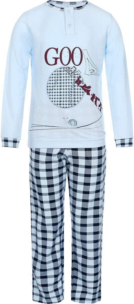Пижама для мальчика Baykar, цвет: светло-голубой, черный. N9076229-22. Размер 98/104N9076229-22/N9076229B-22Пижама для мальчика Baykar, выполненная из эластичного хлопка, идеально подойдет ребенку для отдыха и сна. Материал изделия мягкий, тактильно приятный, не сковывает движения, хорошо пропускает воздух. Пижама состоит из футболки с длинным рукавом и брюк. Футболка с длинными рукавами и круглым вырезом горловины застегивается спереди на две пуговицы. Вырез горловины оформлен эластичной бейкой. На рукавах предусмотрены широкие манжеты. Украшена модель оригинальным принтом.Брюки прямого кроя имеют на талии мягкую резинку, благодаря чему они не сдавливают живот ребенка и не сползают. Спереди модель дополнена двумя втачными карманами. Изделие оформлено принтом в клетку. Высокое качество исполнения и дизайн принесут удовольствие от покупки и подарят отличное настроение!