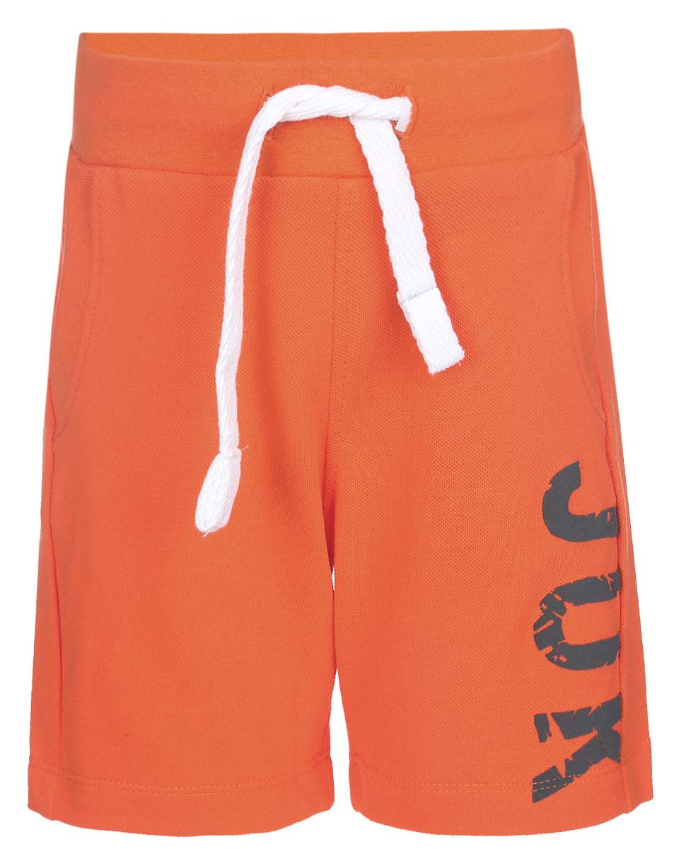 Шорты для мальчика Modniy Juk Juk, цвет: оранжевый. 10В00100300. Размер 24 (38)10В00100300Удобные шорты для мальчика Modniy Juk Juk идеально подойдут вашему маленькому моднику. Изготовленные из хлопка с добавлением полиэстера, они не сковывают движения, сохраняют тепло, отводят влагу от тела и позволяют коже дышать, обеспечивая наибольший комфорт. Шорты полуприлегающего силуэта имеют широкую эластичную резинку на поясе, которая надежно фиксирует изделие и не сдавливает животик малыша. Объем талии регулируется при помощи шнурка-кулиски. Спереди модель дополненадвумя втачными карманами со скошенными краями. Шорты оформлены крупной контрастной надписью Juk на брючине. Практичные и стильные шорты идеально подойдут вашему малышу, а модная расцветка и высококачественный материал позволят ему комфортно чувствовать себя в течение дня и всегда оставаться в центре внимания!