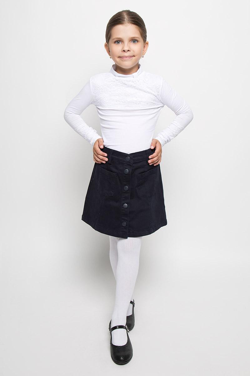 Юбка для девочки Orby School, цвет: темно-синий. 64136_OLG, вар.1. Размер 122/128, 7-8 лет64136_OLG, вар.1Стильная юбка для девочки Orby School идеально подойдет для школы. Изготовленная из хлопка с добавлением эластана, она необычайно мягкая и приятная на ощупь, не сковывает движения и позволяет коже дышать, не раздражает даже самую нежную и чувствительную кожу ребенка, обеспечивая ему наибольший комфорт. Юбка А-силуэта, застегивается на пуговицы спереди. Пояс дополнен шлевками для ремня и имеет скрытую эластичную резинку на пуговицах, с помощью которой можно изделие подгонять по фигуре. Спереди модель оформлена двумя небольшими накладными кармашками.В сочетании с любым верхом, эта юбка выглядит строго, красиво, и очень эффектно.