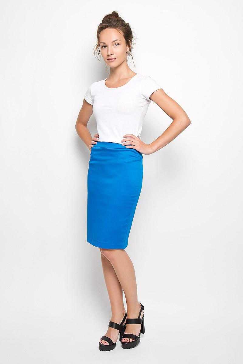 Юбка Milana Style, цвет: ярко-синий. 20416. Размер M (46)20416Эффектная юбка Milana Style выполнена из хлопка с добавлением полиамида, она обеспечит вам комфорт и удобство при носке. Такой материал обладает высокой гигроскопичностью, великолепно пропускает воздух и не раздражает кожу.Однотонная юбка-миди сзади застегивается на потайную застежку-молнию. Также сзади юбка дополнена шлицей. Модная юбка выгодно освежит и разнообразит ваш гардероб. Создайте женственный образ и подчеркните свою яркую индивидуальность! Классический фасон и оригинальное оформление этой юбки позволят вам сочетать ее с любыми нарядами.