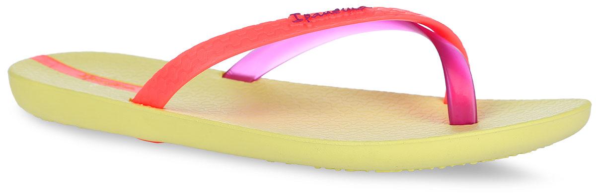 Сланцы женские Ipanema Mix Color, цвет: желтый. 81137-21529. Размер BRA 36 (37)81137-21529Стильные женские сланцы Mix Color от Ipanema очаруют вас с первого взгляда. Модель полностью выполнена из поливинилхлорида и оформлена на ремешке названием бренда. Пересекающиеся ремешки гарантируют надежную фиксацию модели на ноге. Рифление на верхней поверхности подошвы предотвращает выскальзывание ноги. Рельефное основание подошвы обеспечивает уверенное сцепление с любой поверхностью. Удобные сланцы прекрасно подойдут для похода в бассейн или на пляж.
