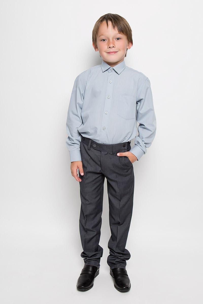 Рубашка для мальчика Imperator, цвет: серый. 23 Ciel Blue. Размер 33/146-15223 Ciel BlueРубашка для мальчика Imperator выполнена из хлопка с добавлением полиэстера. Она отлично сочетается как с джинсами, так и с классическими брюками. Материал изделия мягкий и приятный на ощупь, не сковывает движения и обладает высокими дышащими свойствами.Рубашка прямого кроя с длинными рукавами и отложным воротником застегивается на пуговицы по всей длине. Манжеты рукавов также имеют застежки-пуговицы. На груди расположен накладной карман.Такая рубашка займет достойное место в детском гардеробе!