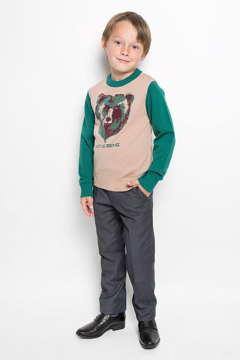 Джемпер для мальчика Nota Bene, цвет: бежевый, зеленый. WK6240-18. Размер 122WK6240-18Модный джемпер для мальчика Nota Bene подарит вашему ребенку комфорт и удобство в прохладные дни. Изготовленный из натуральной шерсти, он необычайно мягкий и приятный на ощупь, не сковывает движения и позволяет коже дышать, не раздражает даже самую нежную и чувствительную кожу ребенка, обеспечивая наибольший комфорт. Джемпер с длинными рукавами и круглым вырезом горловины хорошо тянется и отлично сидит. Горловина, манжеты рукавов и низ джемпера связаны резинкой. Модель оформлена принтом в виде головы медведя. Оригинальный современный дизайн и модная расцветка делают этот джемпер модным и стильным предметом детского гардероба. В нем ваш малыш будет чувствовать себя уютно и комфортно и всегда будет в центре внимания!