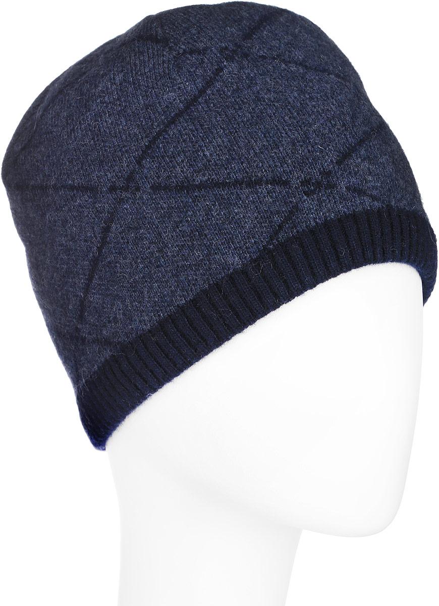 Шапка мужская Finn Flare, цвет: темно-синий. A16-22131_101. Размер 58A16-22131_101Стильная мужская шапка Finn Flare отлично дополнит ваш образ в холодную погоду. Сочетание шерсти и полиамида максимально сохраняет тепло и обеспечивает удобную посадку. Модель дополнена теплой подкладкой из флиса. Шапка оформлена принтом в ромбик и металлической эмблемой с логотипом производителя. Понизу предусмотрена узкая вязаная резинка. Такая модель комфортна и приятна на ощупь, она великолепно подчеркнет ваш вкус.
