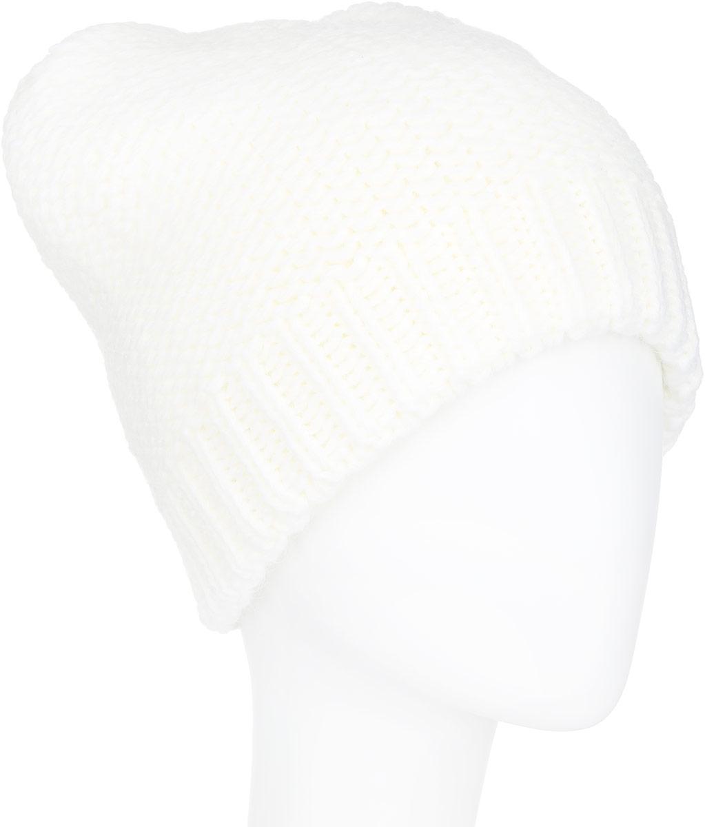 Шапка женская Finn Flare, цвет: молочный. A16-32125_711. Размер 56A16-32125_711Стильная женская шапка Finn Flare дополнит ваш наряд и не позволит вам замерзнуть в холодное время года. Шапка выполнена из высококачественной пряжи, что позволяет ей великолепно сохранять тепло и обеспечивает высокую эластичность и удобство посадки. Изделие дополнено теплой подкладкой. Модель оформлена металлической эмблемой с логотипом производителя. Понизу предусмотрена вязаная резинка.Такая шапка станет модным и стильным дополнением вашего гардероба. Она согреет вас и позволит подчеркнуть свою индивидуальность!