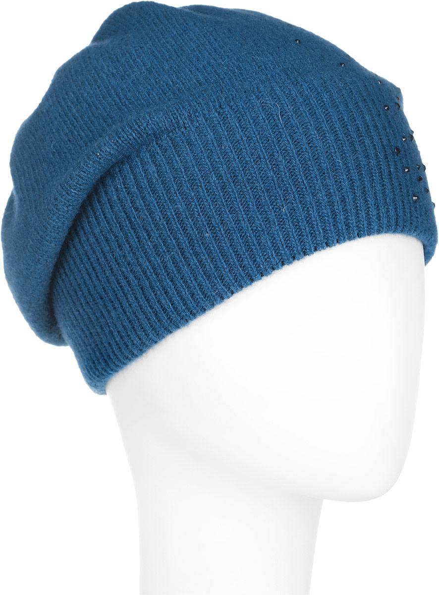 Шапка женская Finn Flare, цвет: темно-бирюзовый. A16-32120_145. Размер 56A16-32120_145Стильная женская шапка Finn Flare дополнит ваш наряд и не позволит вам замерзнуть в холодное время года. Шапка выполнена из высококачественной пряжи, что позволяет ей великолепно сохранять тепло и обеспечивает высокую эластичность и удобство посадки. Модель оформлена россыпью страз и металлической эмблемой с логотипом производителя. Понизу предусмотрена вязаная резинка.Такая шапка станет модным и стильным дополнением вашего гардероба. Она согреет вас и позволит подчеркнуть свою индивидуальность!