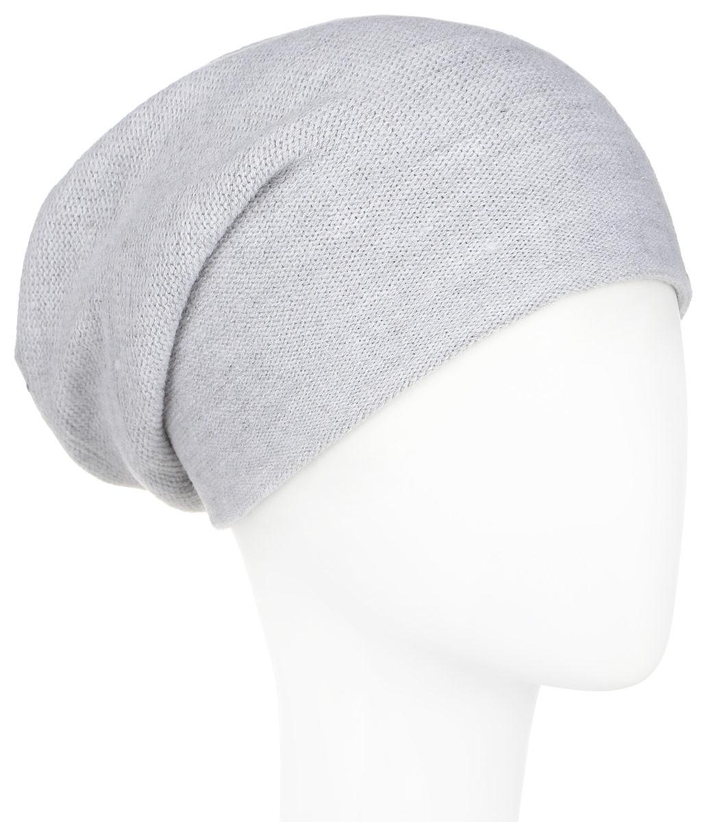 Шапка женская Finn Flare, цвет: светло-серый. A16-11160_211. Размер 56A16-11160_211Стильная женская шапка Finn Flare дополнит ваш наряд и не позволит вам замерзнуть в холодное время года. Шапка выполнена из высококачественной пряжи, что позволяет ей великолепно сохранять тепло и обеспечивает высокую эластичность и удобство посадки. Модель с удлиненной макушкой дополнена отверстием для хвоста и оформлена металлической эмблемой с логотипом производителя. Такая шапка станет модным и стильным дополнением вашего гардероба. Она согреет вас и позволит подчеркнуть свою индивидуальность!
