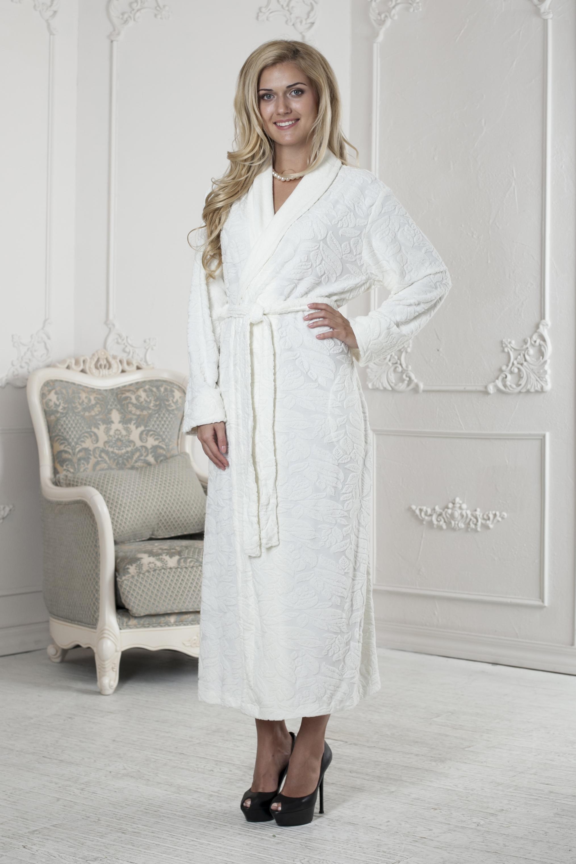 Халат женский Five Wien Home, цвет: слоновая кость. 411. Размер S/M (44/46)411Очень мягкий и приятный женский халат из трикотажного бамбука. Очень элегантная и женственная модель. Объемная текстура по всему халату.