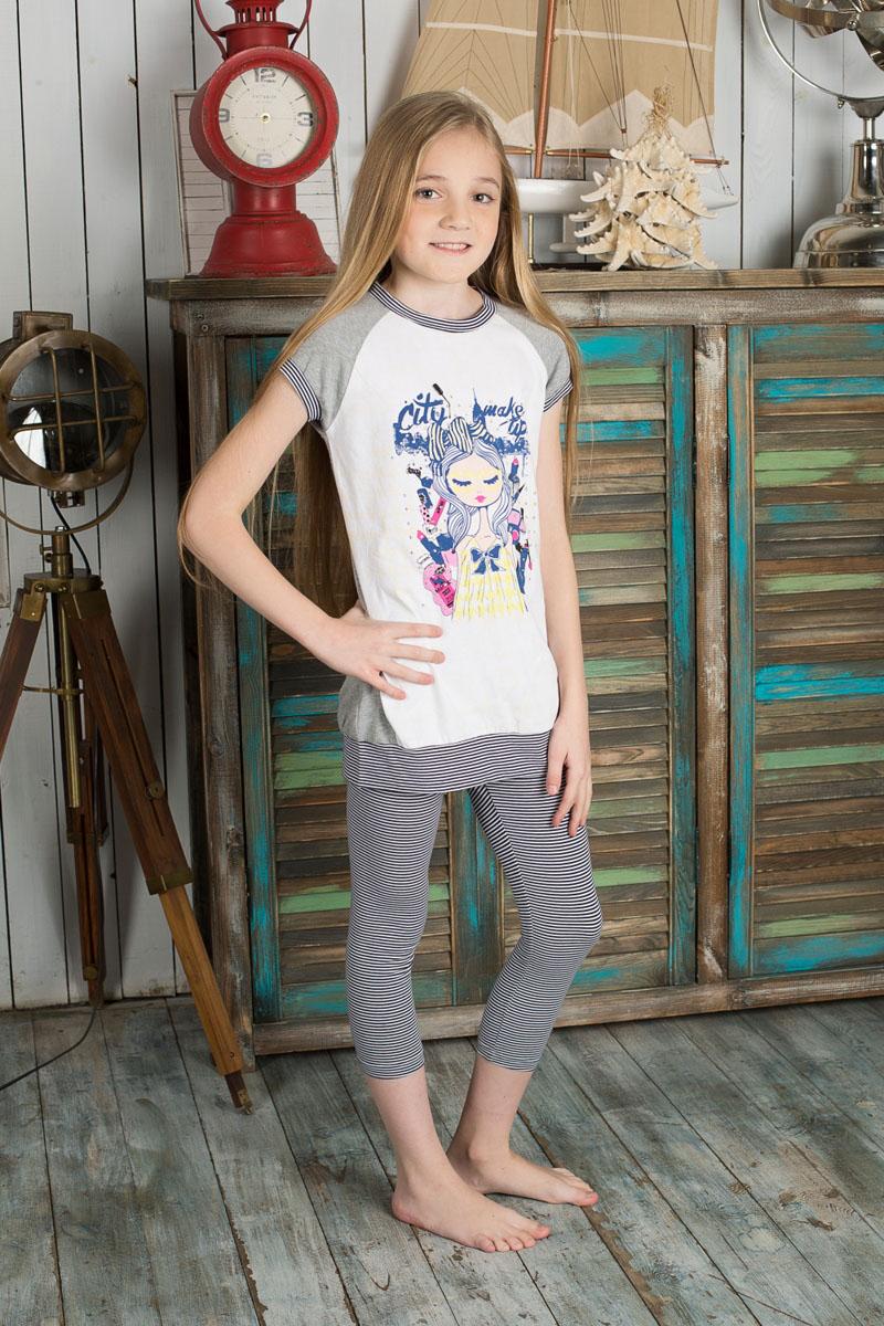 Футболка для девочки Luminoso, цвет: серый меланж, белый. 195846. Размер 146, 11 лет195846Удлиненная футболка для девочки Sweet Berry идеально подойдет вашей моднице. Изготовленная из эластичного хлопка, она очень мягкая и приятная на ощупь, не сковывает движения и позволяет коже дышать, обеспечивая наибольший комфорт. Футболка с короткими рукавами-реглан и круглым вырезом горловины оформленаизображением девушки в окружении косметики и декорирована стразами. Горловину, низ рукавов и нижнюю часть изделия украшает трикотажные эластичные вставки в полоску. Современный дизайн и расцветка делают эту модель стильным предметомдетского гардероба. В такой футболке ваша девочка всегда будет в центревнимания!