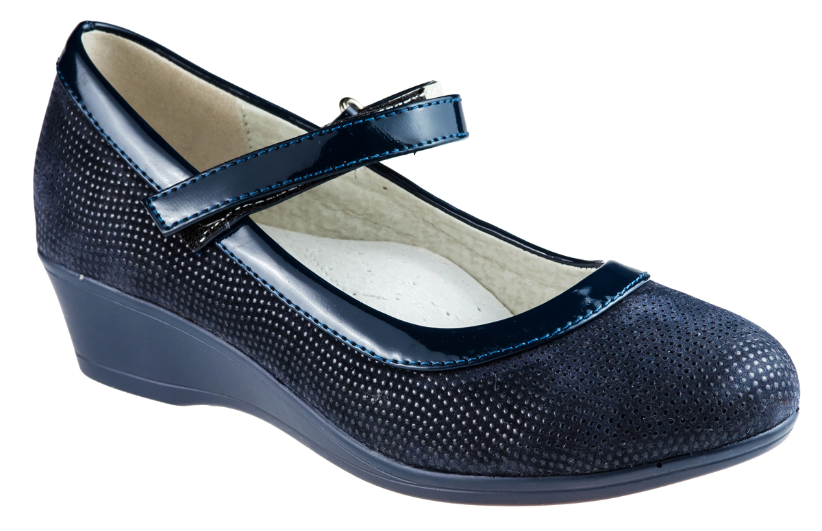 Туфли для девочки Аdagio, цвет: темно-синий. 83080-52. Размер 3483080-52Модные туфли для девочки от Аdagio, выполненные из искусственной кожи, дополнены вставками из искусственной лакированной кожи и оформлены оригинальным принтом. Внутренняя поверхность из натуральной кожи не натирает. Стелька из ЭВА материала с поверхностью из натуральной кожи дополнена супинатором. Лакированный ремешок с застежкой-липучкой надежно зафиксирует модель на ноге. Подошва дополнена рифлением.