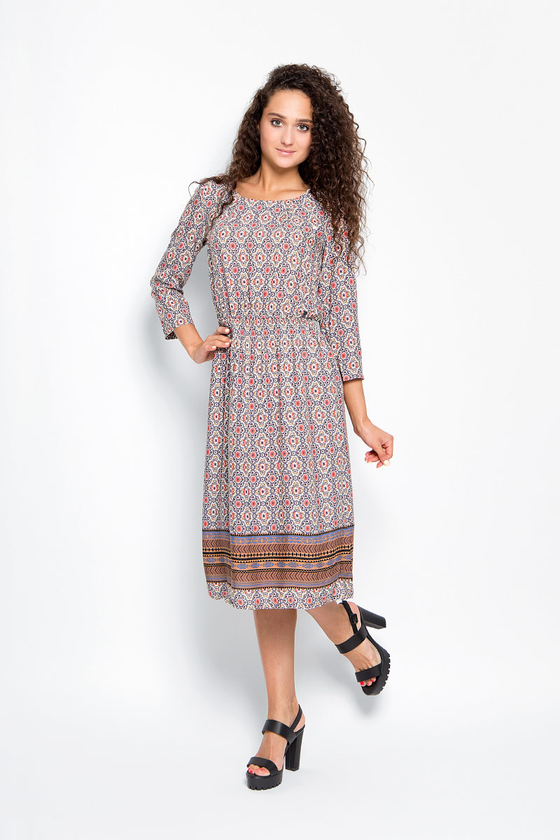 Платье Finn Flare, цвет: коралловый, бежевый, тауп. A16-32032_205. Размер S (44)A16-32032_205Элегантное платье Finn Flare выполнено из 100% вискозы. Такое платье обеспечит вам комфорт и удобство при носке и непременно вызовет восхищение у окружающих.Модель-макси с рукавами 3/4 и круглым вырезом горловины дополнена широкой эластичной резинкой на талии, благодаря чему выгодно подчеркнет все достоинства вашей фигуры. Изделие застегивается на металлическую пуговицу на спинке. Модель оформлена оригинальным цветочным принтом. Изысканное платье-макси создаст обворожительный и неповторимый образ.Это модное и комфортное платье станет превосходным дополнением к вашему гардеробу, оно подарит вам удобство и поможет подчеркнуть свой вкус и неповторимый стиль.