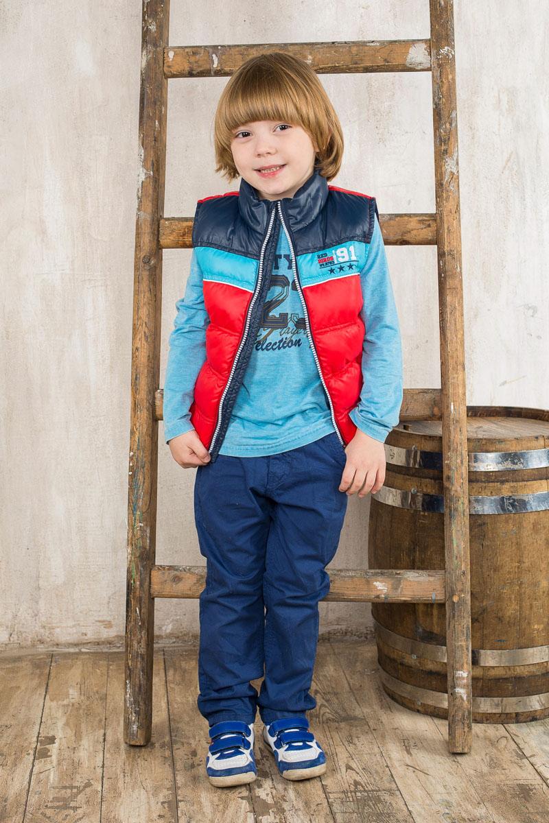Футболка с длинным рукавом для мальчика Sweet Berry, цвет: голубой меланж, темно-синий, оранжевый. 196311. Размер 122, 7 лет196311Футболка с длинным рукавом для мальчика Sweet Berry станет отличным дополнением к гардеробу маленького модника. Модель выполнена из эластичного хлопка, очень мягкая и приятная на ощупь, не сковывает движения и позволяет коже дышать, обеспечивая комфорт.Футболка с круглым вырезом горловины и длинными рукавами оформлена принтовыми надписями. Модель имеет эффект изделия, слегка выгоревшего на солнце.Дизайн и расцветка делают эту футболку стильным предметом детской одежды, в ней ребенок всегда будет в центре внимания!