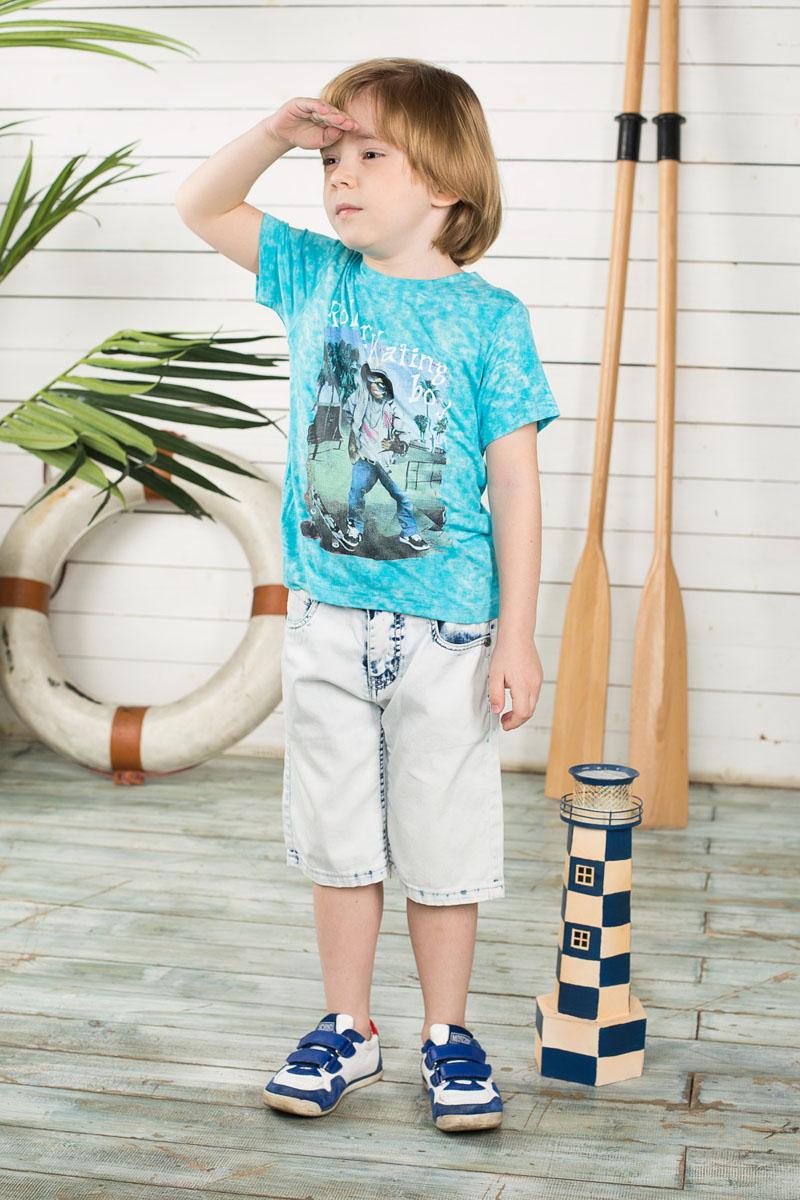 Шорты для мальчика Sweet Berry, цвет: светло-голубой. 196378. Размер 104, 4 года196378Удобные шорты для мальчика Sweet Berry идеально подойдут вашему маленькому моднику. Изготовленные из эластичного хлопка, они мягкие и приятные на ощупь, не сковывают движения, сохраняют тепло и позволяют коже дышать, обеспечивая наибольший комфорт. Шорты застегиваются на металлический крючок в поясе, также имеются шлевки для ремня и ширинка на металлической застежке-молнии. Объем пояса регулируется при помощи эластичной резинки с пуговицей изнутри. Шорты имеют классический пятикарманный крой: спереди модель дополнена двумя втачными карманами и одним маленьким накладным кармашком, а сзади - двумя накладными карманами. Практичные и стильные шорты идеально подойдут вашему малышу, а модная расцветка и высококачественный материал позволят ему комфортно чувствовать себя в течение дня!