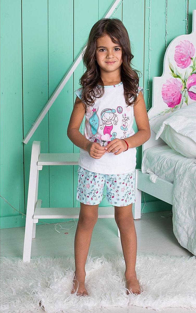 Комплект для девочки Sweet Berry: футболка, шорты, цвет: белый, мятный. 195602. Размер 104, 4 года195602Уютный комплект для девочки, состоящий из футболки и шорт, выполнен из трикотажного материала. Футболка с круглым вырезом горловины и короткими руками оформлена принтом. Шорты имеют эластичный пояс с регулируемым шнурком.