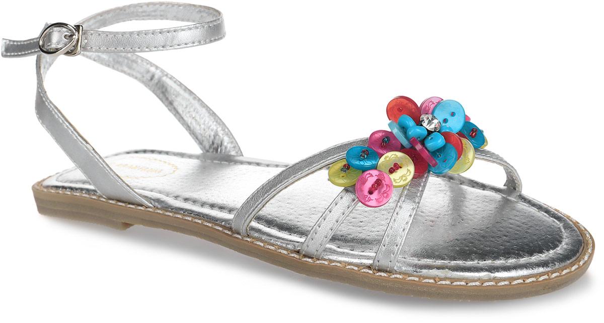 Сандалии для девочки Аллигаша, цвет: серебристый. 12-214. Размер 3412-214Шикарные сандалии от Аллигаша придутся по душе юной моднице и идеально подойдут для повседневной носки в летнюю погоду. Модель изготовлена из искусственной кожи и оформлена яркой, разноцветной фурнитурой в виде пуговиц, бисера и страза, вдоль ранта - крупной прострочкой. Подкладка и стелька из натуральной кожи комфортны при движении. Ремешок с металлической пряжкой, застегивающийся на крючок, обеспечивает надежную фиксацию модели на ноге. Подошва с рифлением гарантирует отличное сцепление с любой поверхностью. Стильные сандалии - незаменимая вещь в гардеробе каждой девочки!