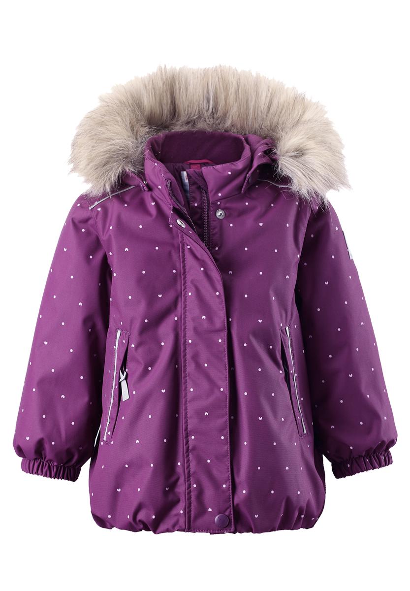 Куртка детская Reima Reimatec Muhvi, цвет: бордовый. 511228B-4908. Размер 80511228B-4908Зимняя мембранная куртка для малышей пошита из водо- и ветронепроницаемого, пропускающего воздух материала, который отталкивает грязь и влагу. Все швы куртки от Reimatec проклеены, водонепроницаемы, чтобы никакая погода не смогла помешать весёлым зимним приключениям! Ткань пропускает воздух, поэтому ребёнок не вспотеет, как бы быстро он ни двигался. Куртка с подкладкой из гладкого полиэстера легко надевается и удобно носится с тёплым промежуточным слоем. Вы заметили, что к куртке можно легко пристегнуть многие из промежуточных слоёв Reima? Благодаря удобным кнопкам для пристегивания промежуточного слоя к верхней одежде по системе PlayLayers, многие флисовые кофты можно пристегнуть к куртке, чтобы малышу было теплее и комфортнее. Съёмный регулируемый капюшон не только защищает от холодного ветра, но и безопасен во время игр на свежем воздухе! Если закреплённый кнопками капюшон зацепится за что-нибудь, он легко отстегнётся. Когда пойдёте гулять, в карманы на молниях можно положить крошечные сокровища, а светоотражающие детали обеспечат видимость в темноте. Стиль этой симпатичной куртки подчёркнут пышным подолом, остроконечным капюшоном с отстёгивающейся отделкой из искусственного меха и светоотражателем в форме цветка. Эта куртка не требует особого ухода. Водонепроницаемость: Waterpillar over 15 000 mm.