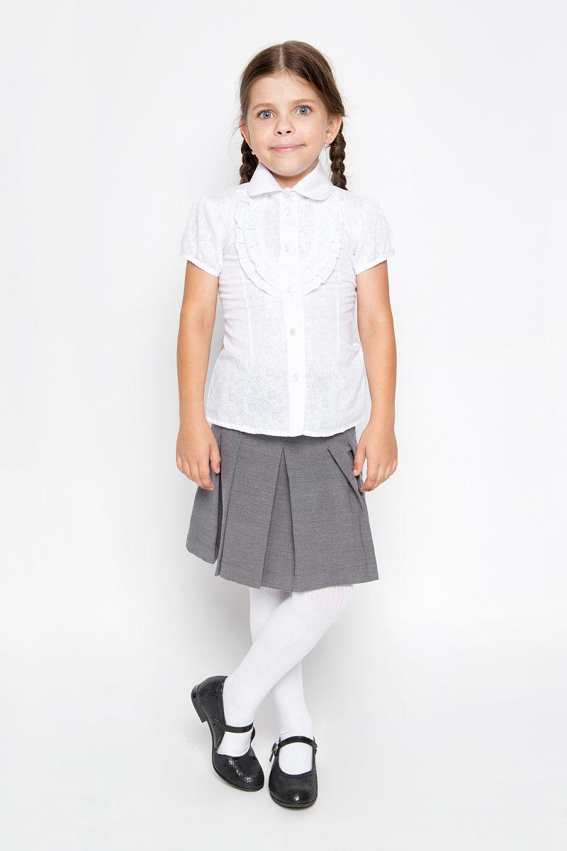 Блузка для девочки Nota Bene, цвет: белый. CWR26015B. Рост 164CWR26015A-1/CWR26015BСтильная блузка для девочки Sela идеально подойдет вашей дочурке. Изготовленная из хлопка с добавлением полиэстера, она мягкая и приятная на ощупь, не сковывает движения и позволяет коже дышать, обеспечивая наибольший комфорт. Блузка с короткими рукавами-фонариками и отложным воротничком застегивается на пластиковые пуговицы по всей длине. Модель выполнена из тонкого полупрозрачного полотна и оформлена цветочным узором.Современный дизайн и расцветка делают эту блузку стильным предметом детского гардероба. Модель можно носить как с джинсами, так и с классическими брюками.