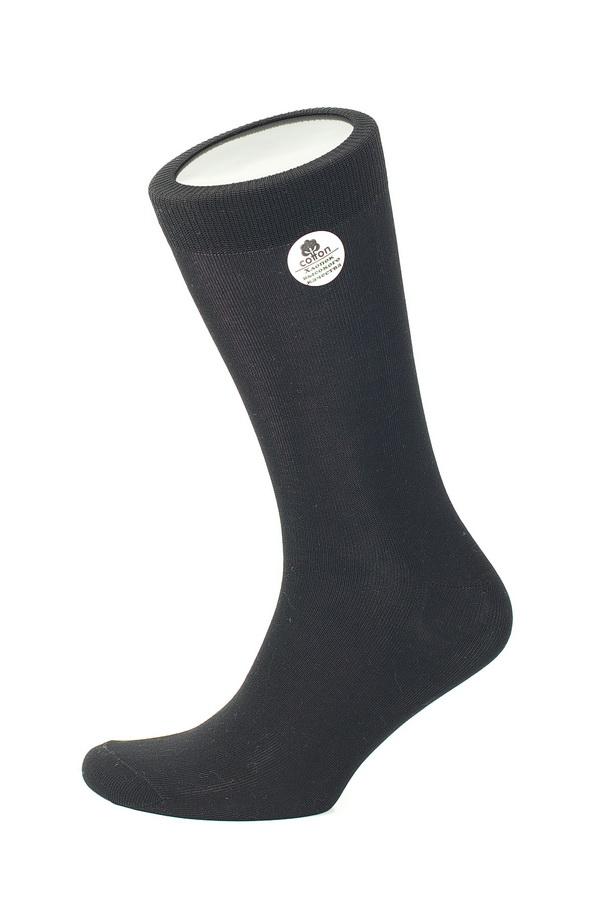 Носки мужские Uomo Fiero, цвет: черный. MS025. Размер 29 (43/45)MS025Мужские носки Uomo Fiero, изготовленные из высококачественного хлопка с добавлением эластана. Эластичная резинка плотно облегает ногу, не сдавливая ее, обеспечивая комфорт и удобство. Носки обладают повышенной прочностью, не подвержены усадке. Модель с классическим паголенком.