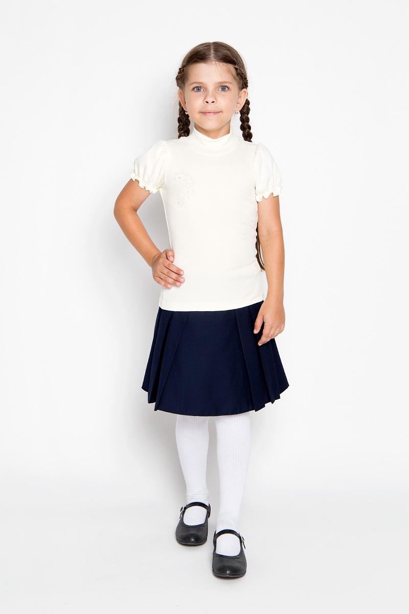 Водолазка для девочки M&D, цвет: молочный. AW5561A-17. Размер 116AW5561A-17/AW5561B-17Водолазка для девочки M&D идеально подойдет вашей маленькой принцессе. Изготовленная из натурального хлопка, она мягкая и приятная на ощупь, не раздражает нежную кожу ребенка и хорошо вентилируется, а эластичные швы приятны телу ребенка и не препятствуют его движениям. Водолазка с короткими рукавами-фонариками и воротником-стойкой оформлена изящным узором на груди, декорированным стразами. Воротник выполнен из трикотажной эластичной резинки. Рукава дополнены эластичной резинкой с внутренней стороны, образующей волнистый край. Современный дизайн и расцветка делают эту водолазку модным и стильным предметом детской одежды. В ней маленькой моднице будет комфортно и уютно!