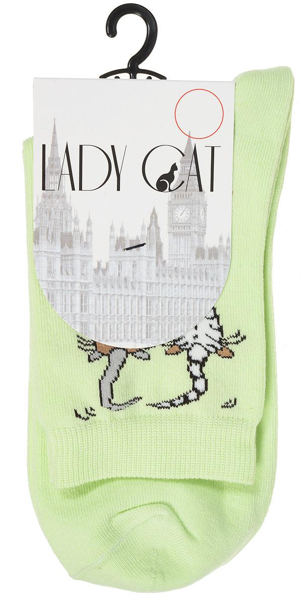 Носки женские Lady Cat, цвет: светло-зеленый. М 3002. Размер 1 (35/37)М 3002Удобные женские носки Lady Cat, изготовленные из высококачественного комбинированного материала, очень мягкие и приятные на ощупь, позволяют коже дышать. Эластичная резинка плотно облегает ногу, не сдавливая ее, обеспечивая комфорт и удобство. Носки со стандартным паголенком оформлены принтом в виде забавных кошечек.Удобные и комфортные носки великолепно подойдут к любой вашей обуви.
