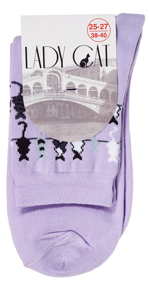 Носки женские Lady Cat, цвет: сиреневый. М 3003. Размер 1 (35/37)М 3003Женские носки Lady Cat, изготовленные из высококачественного комбинированного материала, очень мягкие и приятные на ощупь, позволяют коже дышать. Эластичная резинка плотно облегает ногу, не сдавливая ее, обеспечивая комфорт и удобство. Носки со стандартным паголенком, который оформлен оригинальным принтом в виде кошечек.Удобные и комфортные носки великолепно подойдут к любой вашей обуви.