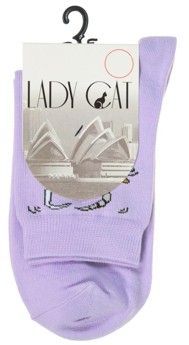 Носки женские Lady Cat, цвет: сиреневый. М 3002. Размер 2 (38/40)М 3002Удобные женские носки Lady Cat, изготовленные из высококачественного комбинированного материала, очень мягкие и приятные на ощупь, позволяют коже дышать. Эластичная резинка плотно облегает ногу, не сдавливая ее, обеспечивая комфорт и удобство. Носки со стандартным паголенком оформлены принтом в виде забавных кошечек.Удобные и комфортные носки великолепно подойдут к любой вашей обуви.