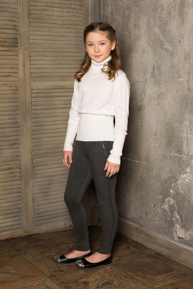 Водолазка для девочки Luminoso, цвет: молочный. 207. Размер 158207Вязаная водолазка для девочки Luminoso выполнена из мягкой пряжи с воротником-гольф и длинными рукавами.