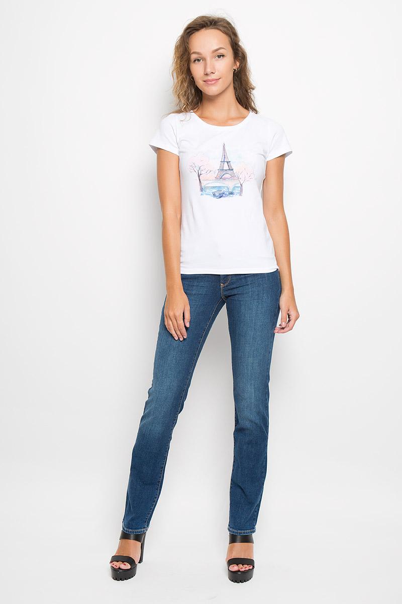 Джинсы женские Wrangler Sara Harrow, цвет: синий. W25Z9179H. Размер 28-30 (44-30)W25Z9179HСтильные женские джинсы Wrangler Sara Harrow - отличная модель на каждый день, которая прекрасно подчеркнет вашу фигуру.Изделие изготовлено из высококачественного материала. Модель прямого кроя и стандартной посадкой станет отличным дополнением к вашему современному образу.Застегиваются джинсы на металлическую пуговицу в поясе и ширинку на застежке-молнии, имеются шлевки для ремня. Спереди модель дополнена двумя втачными карманами с закругленными краями и небольшим секретным кармашком, а сзади - двумя накладными карманами. Модель оформлена контрастной прострочкой, металлическими клепками и фирменной нашивкой сзади. Эти эффектные и в то же время комфортные джинсы послужат превосходным дополнением к вашему гардеробу. В них вы всегда будете чувствовать себя уютно и комфортно.