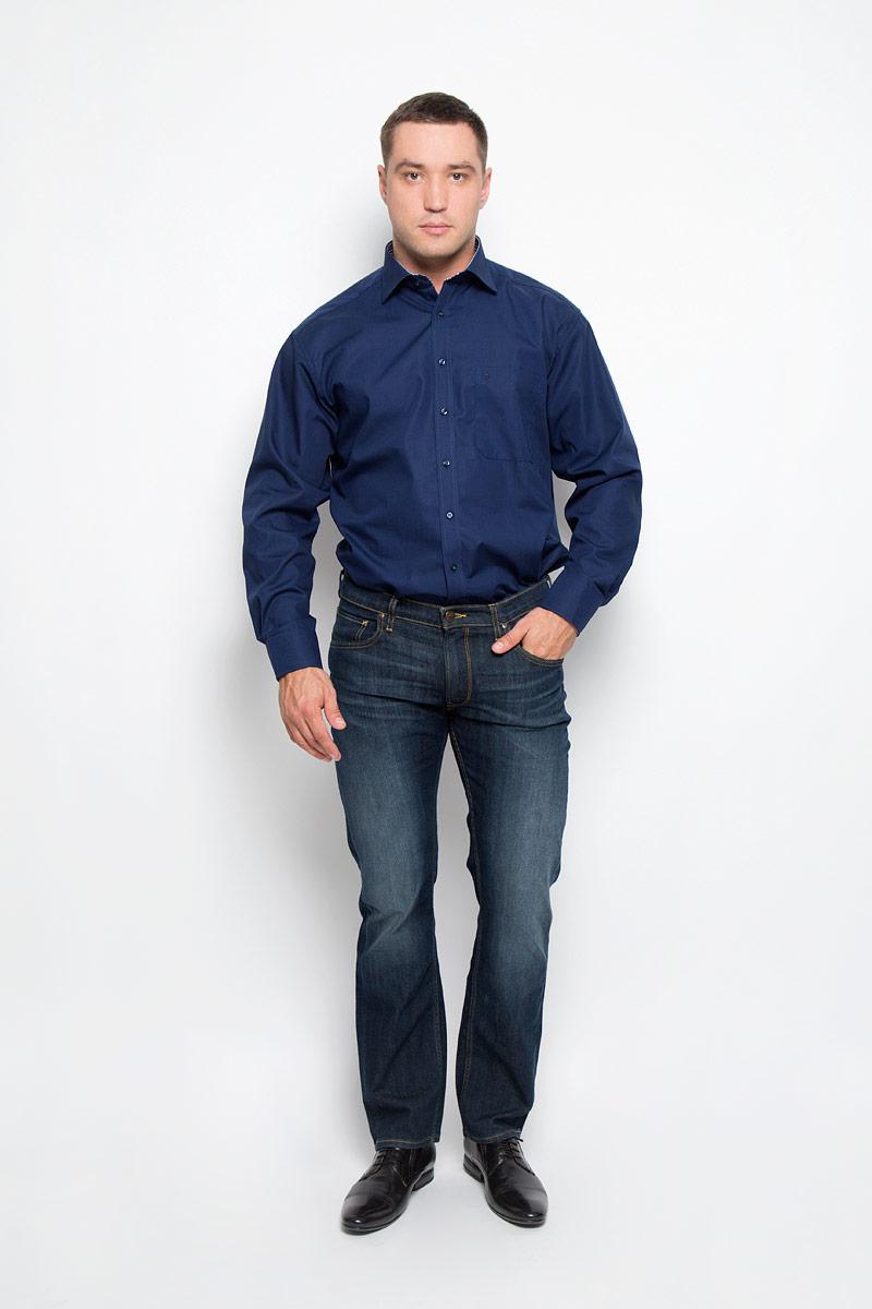 Рубашка мужская Eterna, цвет: темно-синий. 1128_19_E147_40-46. Размер 411128_19_E147_40-46Стильная мужская рубашка Eterna, выполненная из натурального хлопка подчеркнет ваш уникальный стиль и поможет создать оригинальный образ. Такой материал великолепно пропускает воздух, обеспечивая необходимую вентиляцию, а также обладает высокой гигроскопичностью. Рубашка с длинными рукавами и отложным воротником застегивается на пуговицы спереди. Манжеты рукавов также застегиваются на пуговицы. Изделие дополнено накладным нагрудным карманом. Классическая рубашка - превосходный вариант для базового мужского гардероба и отличное решение на каждый день.Такая рубашка будет дарить вам комфорт в течение всего дня и послужит замечательным дополнением к вашему гардеробу.