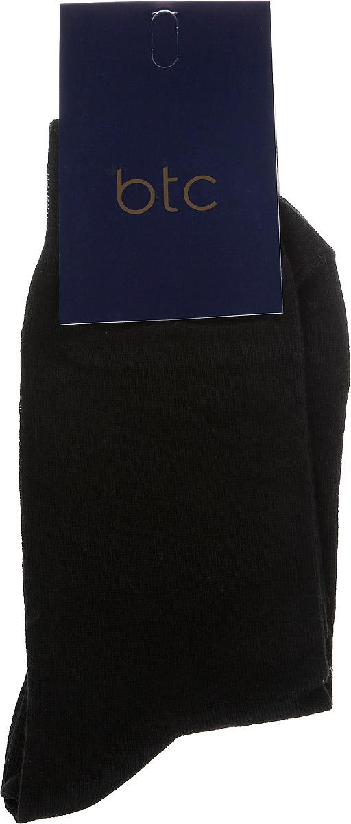 Носки мужские BTC, цвет: черный. 12.018010. Размер 23/2512.018010Удобные носкиBTC, изготовлены из высококачественного комбинированного материала, который обеспечивает великолепную посадку.Оченьмягкие и приятные на ощупь. Эластичная резинка плотно облегает ногу, не сдавливая ее, обеспечивая комфорт и удобство.Практичные и комфортные носки великолепно подойдут к любой вашей обуви.