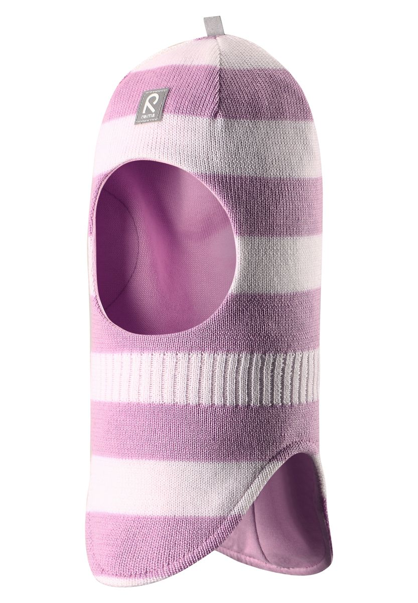 Балаклава детская Reima Starrie, цвет: розовый, белый. 518315-5000A. Размер 46518315-5000AУютная детская шапка-шлем Reima Starrie идеально подойдет для прогулок в холодное время года. По своей конструкции шлем облегает голову ребенка, надежно защищая ушки, лоб и щечки от продуваний. Вязаная шапочка-шлем, выполненная из 100% шерсти на мягкой подкладке из эластичного хлопка, прекрасно сохраняет тепло и обладает отличной гигроскопичностью (не впитывает влагу, но проводит ее), она мягкая и идеально прилегает к голове. Спереди предусмотрена небольшая светоотражающая нашивка с логотипом бренда, которая не оставит вашего ребенка незамеченным в темное время суток. Оригинальный дизайн и высокое качество делают эту шапку модным и стильным предметом детского гардероба. В ней ваш ребенок будет чувствовать себя уютно и комфортно и всегда будет в центре внимания! Уважаемые клиенты!Размер, доступный для заказа, является обхватом головы.