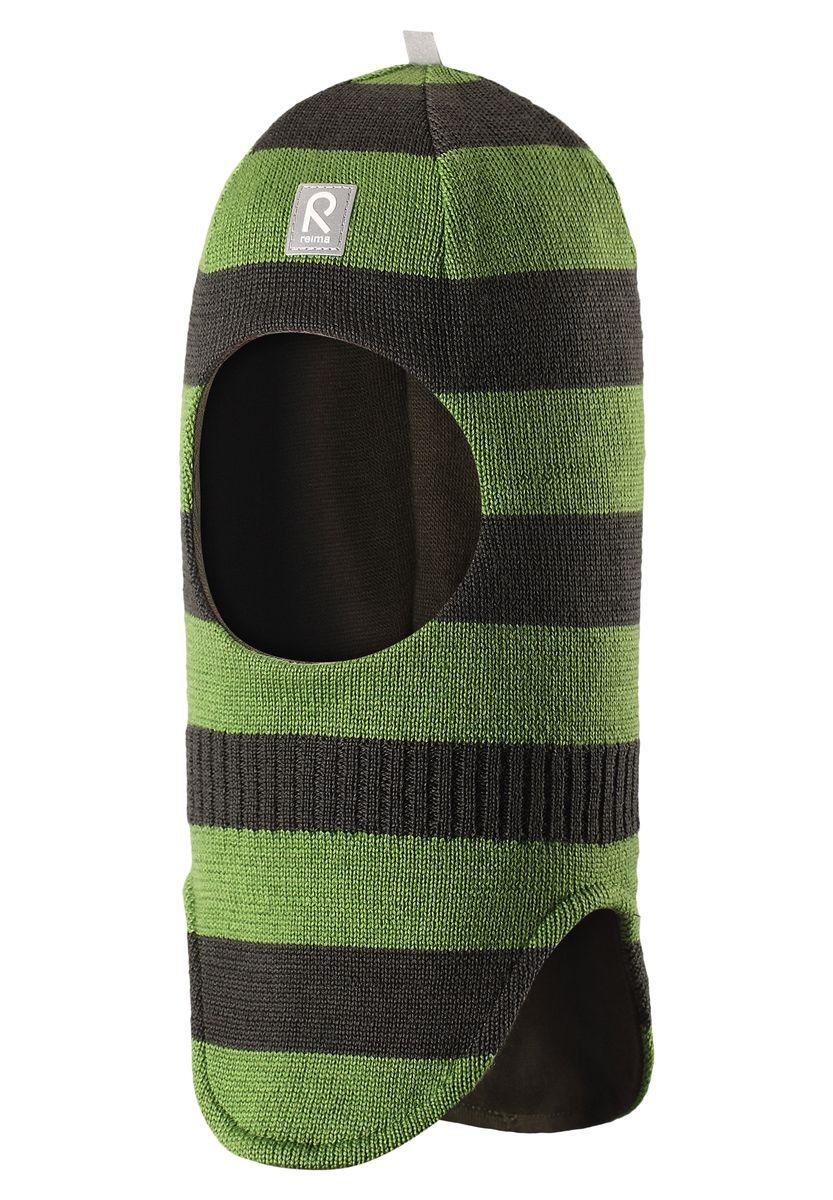 Балаклава детская Reima Starri, цвет: зеленый, серый. 518315-8910. Размер 46518315-8910Уютная детская шапка-шлем Reima Starrie идеально подойдет для прогулок в холодное время года. По своей конструкции шлем облегает голову ребенка, надежно защищая ушки, лоб и щечки от продуваний. Вязаная шапочка-шлем, выполненная из 100% шерсти на мягкой подкладке из эластичного хлопка, прекрасно сохраняет тепло и обладает отличной гигроскопичностью (не впитывает влагу, но проводит ее), она мягкая и идеально прилегает к голове. Спереди предусмотрена небольшая светоотражающая нашивка с логотипом бренда, которая не оставит вашего ребенка незамеченным в темное время суток. Оригинальный дизайн и высокое качество делают эту шапку модным и стильным предметом детского гардероба. В ней ваш ребенок будет чувствовать себя уютно и комфортно и всегда будет в центре внимания! Уважаемые клиенты!Размер, доступный для заказа, является обхватом головы.