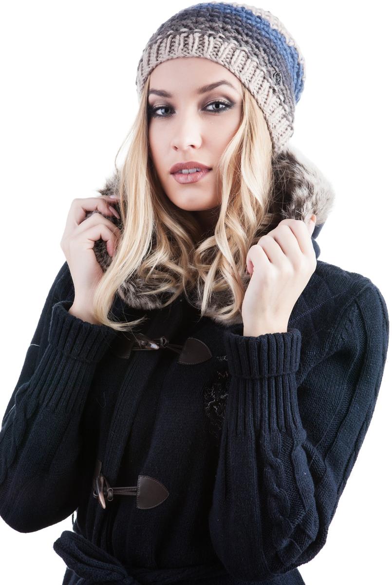 Шапка женская Avanta Caprice, цвет: бежевый, синий. 991464. Размер 58991464Женская шапка Avanta изготовлена из комбинации шерсти и полиамида, подкладка - из флиса. Уважаемые клиенты!Размер, доступный для заказа, является обхватом головы.
