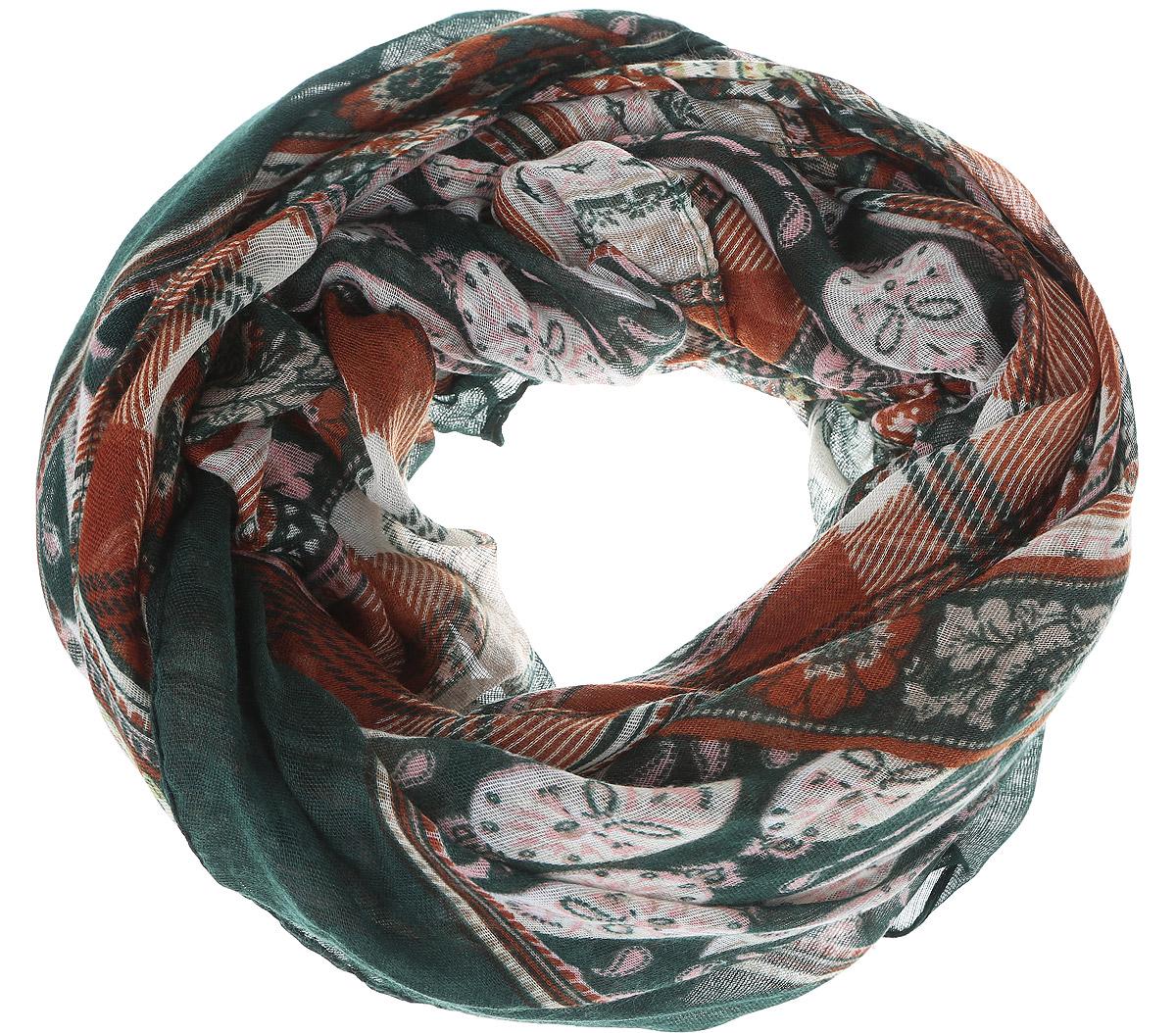 Шарф женский Baon, цвет: зеленый, бежевый, коричневый. B313. Размер 180 см х 80 смB313_Deep Forest PrintedМодный женский шарф Baon подарит вам уют и станет стильным аксессуаром, который призван подчеркнуть вашу индивидуальность и женственность. Легкий шарф выполнен из вискозы с добавлением шелка, он невероятно мягкий и приятный на ощупь. Шарф оформлен этническим орнаментом.Этот модный аксессуар гармонично дополнит образ современной женщины, следящей за своим имиджем и стремящейся всегда оставаться стильной и элегантной. Такой шарф украсит любой наряд и согреет вас в непогоду, с ним вы всегда будете выглядеть изысканно и оригинально.