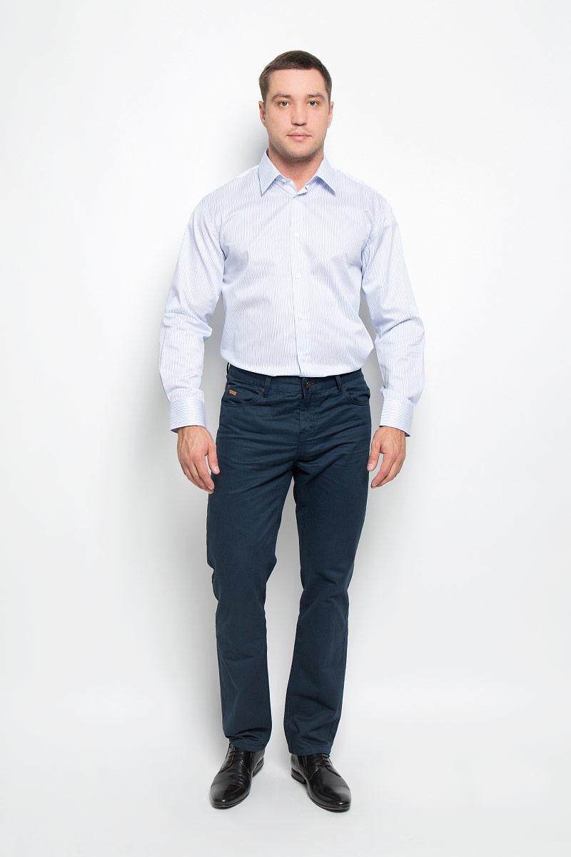 Рубашка мужская BTC, цвет: белый, голубой. 12.018594. Размер 50-17612.018594Мужская рубашка BTC выполнена из натурального хлопка. Материал изделия мягкий, тактильно приятный, не стесняет движений и хорошо пропускает воздух, обеспечивая комфорт при носке. Рубашка прямого кроя с отложным воротником и длинными рукавами застегивается спереди на пуговицы. На манжетах также предусмотрены застежки-пуговицы. Оформлено изделие принтом в полоску.Эта рубашка займет достойное место в вашем гардеробе!
