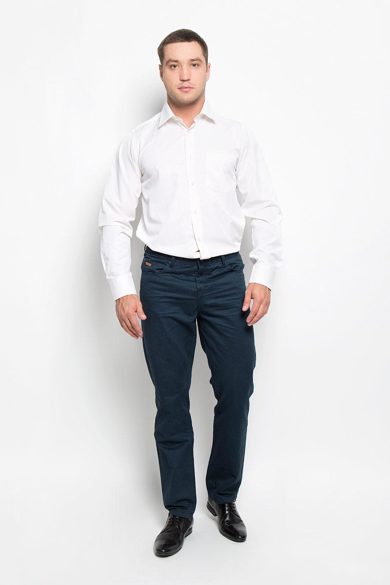 Рубашка мужская BTC, цвет: молочный. 12.014874. Размер 56-18212.014874Мужская рубашка BTC, выполненная из высококачественного материала, станет замечательным дополнением к вашему гардеробу. Изделие мягкое, тактильно приятное, не сковывает движений и хорошо пропускает воздух, обеспечивая комфорт при носке.Модель прямого кроя с отложным воротником и длинными рукавами застегивается спереди на пуговицы по всей длине. Манжеты дополнены застежками-пуговицами. На груди расположен накладной карман. Такая рубашка подчеркнет ваш вкус и поможет создать стильный образ!
