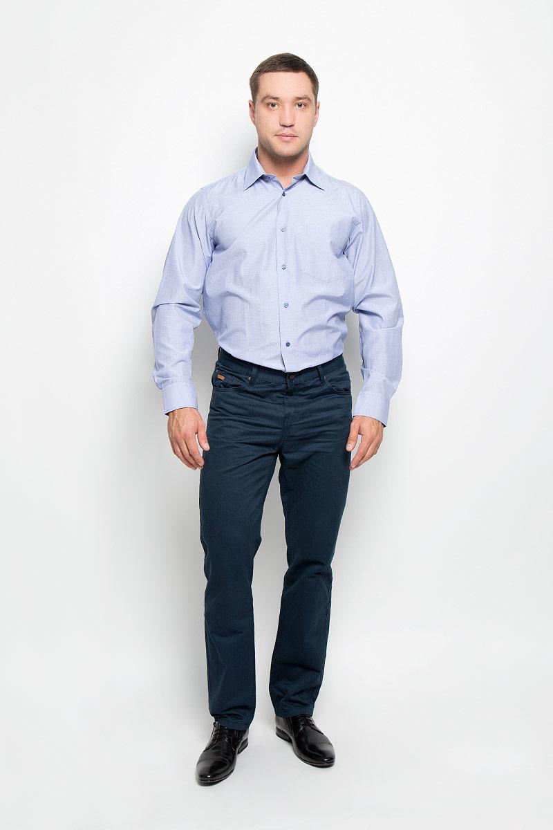 Рубашка мужская BTC, цвет: голубой. 12.014862. Размер 52-17612.014862Мужская рубашка BTC изготовлена из хлопка с добавлением полиэстера. Ткань изделия мягкая и приятная на ощупь, не сковывает движения и хорошо пропускает воздух. Рубашка с отложным воротником и длинными рукавами застегивается спереди на пуговицы по всей длине. Модель имеет прямой силуэт. На манжетах предусмотрены застежки-пуговицы. На груди расположен накладной карман. Высокое качество кроя и пошива, дизайн и расцветка придают изделию неповторимый стиль и индивидуальность. Рубашка займет достойное место в вашем гардеробе!