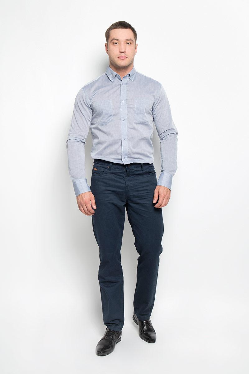 Рубашка мужская BTC, цвет: серо-голубой. 12.015092. Размер 50-17612.015092Мужская рубашка BTC изготовлена из натурального хлопка. Ткань изделия тонкая и легкая, тактильно приятная, не сковывает движения и позволяет коже дышать. Рубашка с отложным воротником и длинными рукавами застегивается спереди на пуговицы по всей длине. Модель имеет прямой силуэт. На манжетах предусмотрены застежки-пуговицы. На груди расположены два накладных кармана. Рубашка будет дарить вам комфорт в течение всего дня и станет стильным дополнением к вашему гардеробу!
