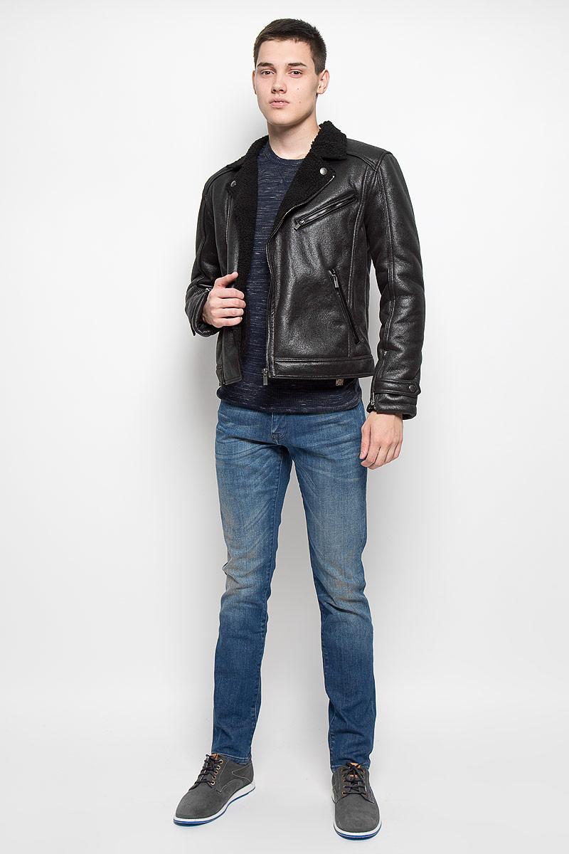 Куртка мужская Mexx, цвет: черный. MX3000600. Размер M (46/48)MX3000600Стильная мужская куртка Mexx превосходно подойдет для прохладных дней. Куртка выполнена из полиуретана, она отлично защищает от дождя, снега и ветра, а подкладка из искусственного меха сохраняет тепло. Модель с длинными рукавами и воротником с лацканами застегивается на асимметричную застежку-молнию. Изделие дополнено тремя прорезными карманами на застежках-молниях. Рукава дополнены застежками-молниями и хлястиками на кнопках.Эта модная и в то же время комфортная куртка согреет вас в холодное время года и отлично подойдет как для прогулок, так и для активного отдыха.