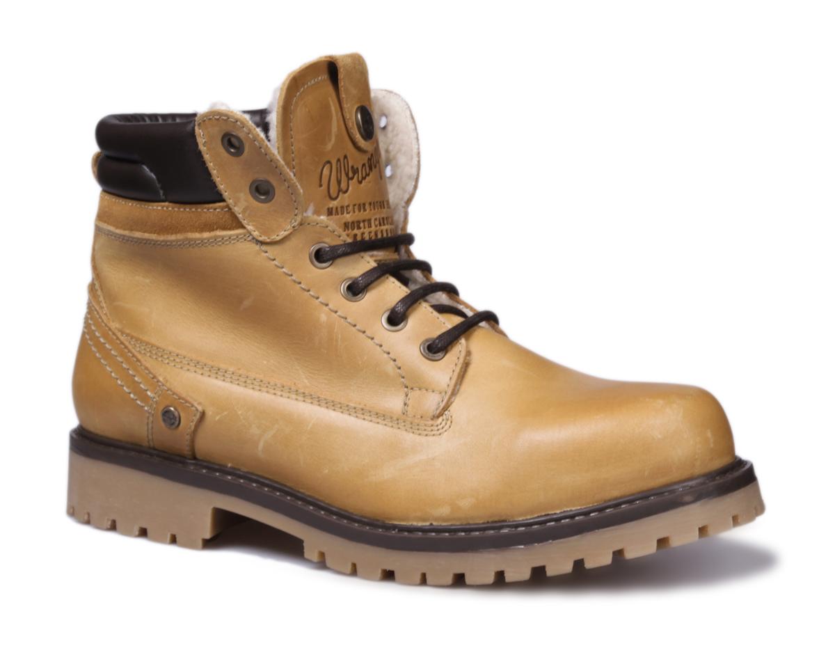 Ботинки женские Wrangler Creek C.H. Fur, цвет: светло-коричневый. WL142505/F-71. Размер 36WL142505/F-71Стильные женские ботинки Creek C.H. Fur от Wrangler выполнены из натуральной кожи. Подкладка и стелька из искусственного меха не дадут ногам замерзнуть. Шнуровка надежно зафиксирует модель на ноге. Подошва дополнена рифлением.