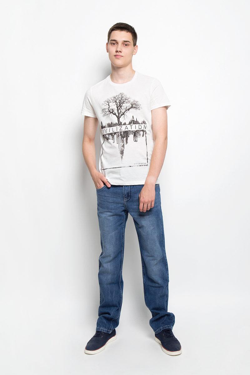 Джинсы мужские Sela, цвет: синий джинс. PJ-235/1052-6362. Размер 29-32 (44/46-32)PJ-235/1052-6362Стильные мужские джинсы Sela, выполненные из натурального хлопка, отлично дополнят ваш образ. Ткань изделия плотная, тактильно приятная, позволяет коже дышать.Джинсы застегиваются на пуговицу и имеют ширинку на застежке-молнии. На поясе предусмотрены шлевки для ремня. Спереди модель дополнена двумя втачными карманами и маленьким накладным карманом, сзади - двумя накладными карманами. Модель оформлена перманентными складками и эффектом потертости.Эти модные и в тоже время комфортные джинсы послужат отличным дополнением к вашему гардеробу. В них вы всегда будете чувствовать себя уютно и комфортно.