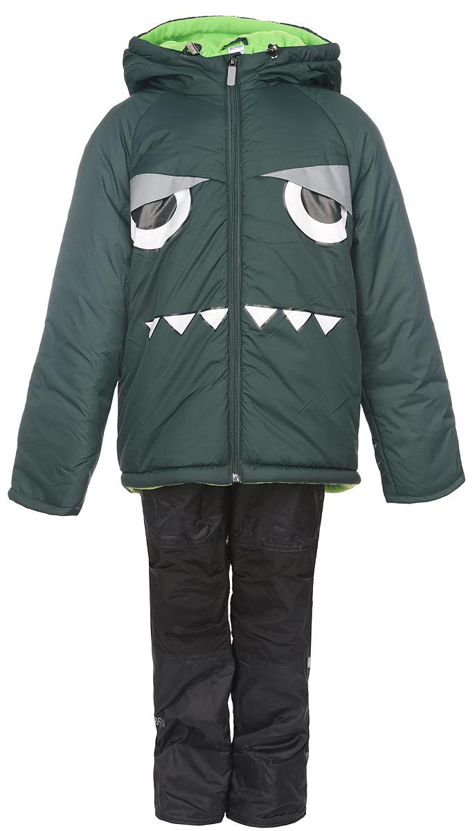 Комплект одежды для мальчика Boom!: куртка, брюки, цвет: темно-зеленый, черный. 64059_BOB_вар.2. Размер 86, 1,5-2 года64059_BOB_вар.2Комплект одежды Boom!, состоящий из куртки и утепленных брюк, идеально подойдет для вашего мальчика в прохладное время года. Куртка изготовлена из 100% полиэстера и оформлена спереди светоотражающими нашивками, изображением глаз и зубов. Подкладка, выполненная из полиэстера с добавлением вискозы, приятная на ощупь. В качестве утеплителя используется синтепон - 100% полиэстер.Куртка с капюшоном и рукавами-реглан застегивается на застежку-молнию. Капюшон дополнен затягивающимся шнурком с металлическими стопперами. На рукавах предусмотрены трикотажные напульсники, которые предотвращают проникновение снега и ветра. Один из рукавов оформлен фирменной нашивкой, низ спинки - фирменной светоотражающей нашивкой, капюшон и спинка - декоративными вставками под дракона.Брюки, изготовленные из полиэстера на флисовой подкладке, приятные на ощупь, не сковывают движения и обеспечивают наибольший комфорт. Брюки прямого кроя на талии имеют широкий эластичный пояс. Модель дополнена съемными эластичными наплечными лямками, регулируемыми по длине. Лямки крепятся с помощью застежек-липучек. Спереди предусмотрены два втачных кармана. Также имеется имитация ширинки.Светоотражающая нашивка не оставит вашего ребенка незамеченным в темное время суток. Вставки из плотной ткани в области коленей, предотвращают истирание штанин. Рукава и штанины можно подгибать. Такой комплект одежды станет прекрасным дополнением к гардеробу вашего мальчика, он подарит комфорт и тепло.