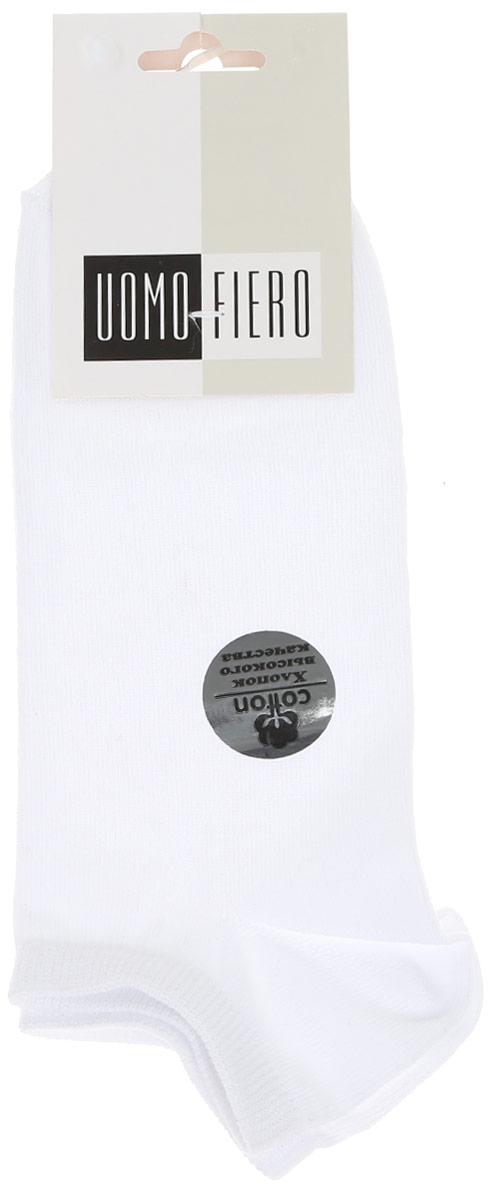 Носки мужские Uomo Fiero, цвет: белый лед. MS062. Размер 41/43MS062Мужские укороченные носки Uomo Fiero изготовлены из высококачественного хлопкового волокна, которое обеспечивает великолепную посадку. Носкиимеют укороченный паголенок и отличаются элегантным внешним видом. Удобная небольшая резинка идеально облегает ногу и не пережимает сосуды, усиленные пятка и мысок повышают износоустойчивость носка. Удобные и комфортные носки великолепно подойдут к любой вашей обуви.