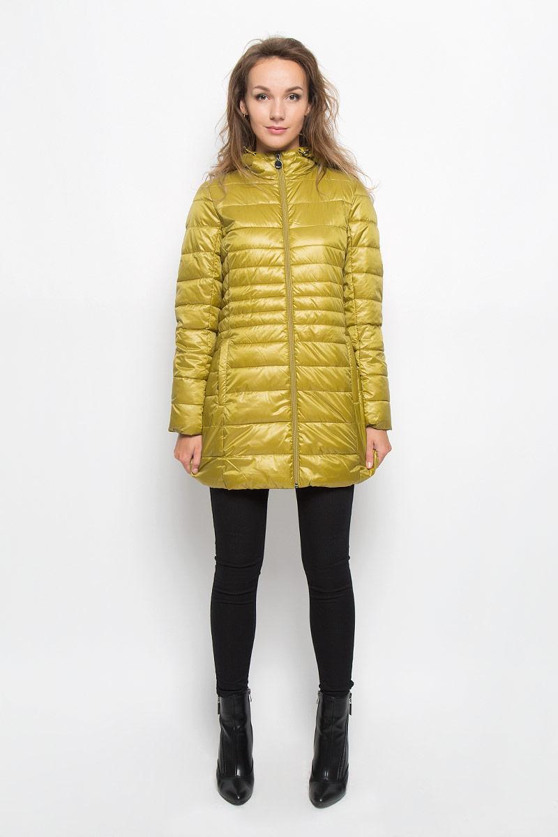Куртка женская Sela, цвет: золотисто-оливковый. Cp-126/673-6312. Размер M (46)Cp-126/673-6312Стильная женская куртка Baon на синтепоне, выполненная из 100% полиэстера отлично подойдет для прохладной погоды. Модель с несъемным капюшоном на кулиске и длинными рукавами застегивается на застежку-молнию. Снизу с внутренней стороны модель дополнена скрытой утягивающей резинкой. Спереди модель дополнена двумя прорезными карманами на застежках-молниях. Эта модная куртка послужит отличным дополнением к вашему гардеробу.