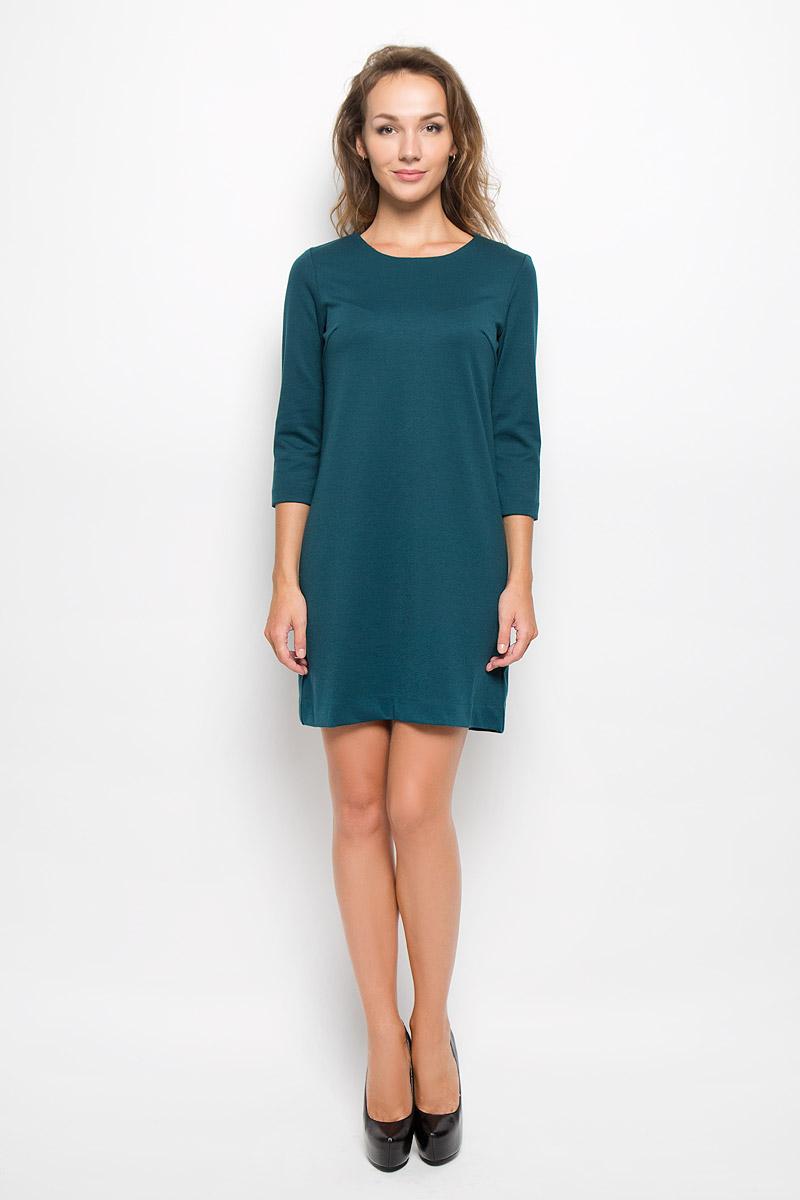 Платье Sela, цвет: изумрудный. DK-117/1083-6322. Размер M (46)DK-117/1083-6322Элегантное платье Sela выполнено из высококачественного эластичного полиэстера с добавлением вискозы. Такое платье обеспечит вам комфорт и удобство при носке и непременно вызовет восхищение у окружающих. Платье превосходно тянется, обладает высокой износостойкостью и отлично сидит по фигуре. Укороченная модель с рукавами 3/4 и круглым вырезом горловины выгодно подчеркнет все достоинства вашей фигуры. Изысканное платье-мини создаст обворожительный и неповторимый образ.Это модное и комфортное платье станет превосходным дополнением к вашему гардеробу, оно подарит вам удобство и поможет подчеркнуть ваш вкус и неповторимый стиль.