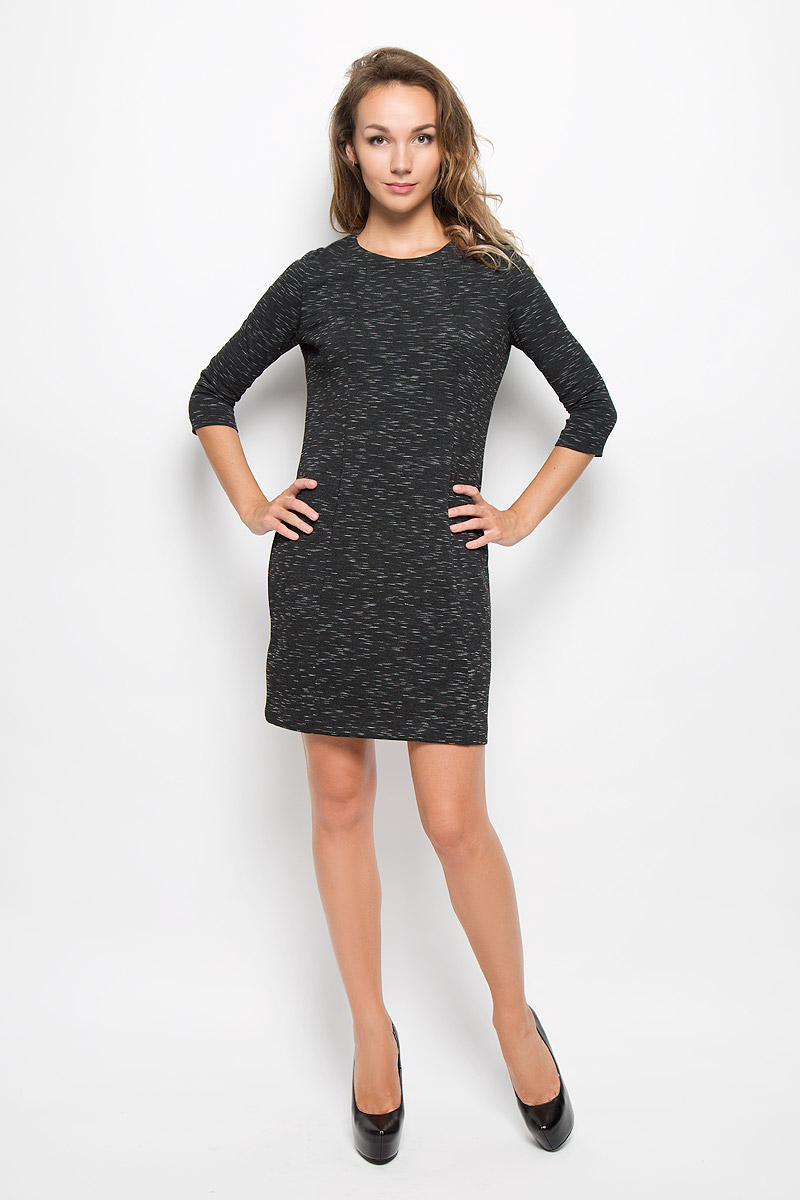 Платье Sela, цвет: черный меланж. DK-117/201-6342. Размер L (48)DK-117/201-6342Элегантное платье Sela выполнено из высококачественного хлопка с добавлением полиэстера. Такое платье обеспечит вам комфорт и удобство при носке и непременно вызовет восхищение у окружающих.Модель средней длины с рукавами 3/4 и круглым вырезом горловины выгодно подчеркнет все достоинства вашей фигуры. Изделие превосходно тянется и удобно сидит. Изысканное платье-миди создаст обворожительный и неповторимый образ.Это модное и комфортное платье станет превосходным дополнением к вашему гардеробу, оно подарит вам удобство и поможет подчеркнуть ваш вкус и неповторимый стиль.