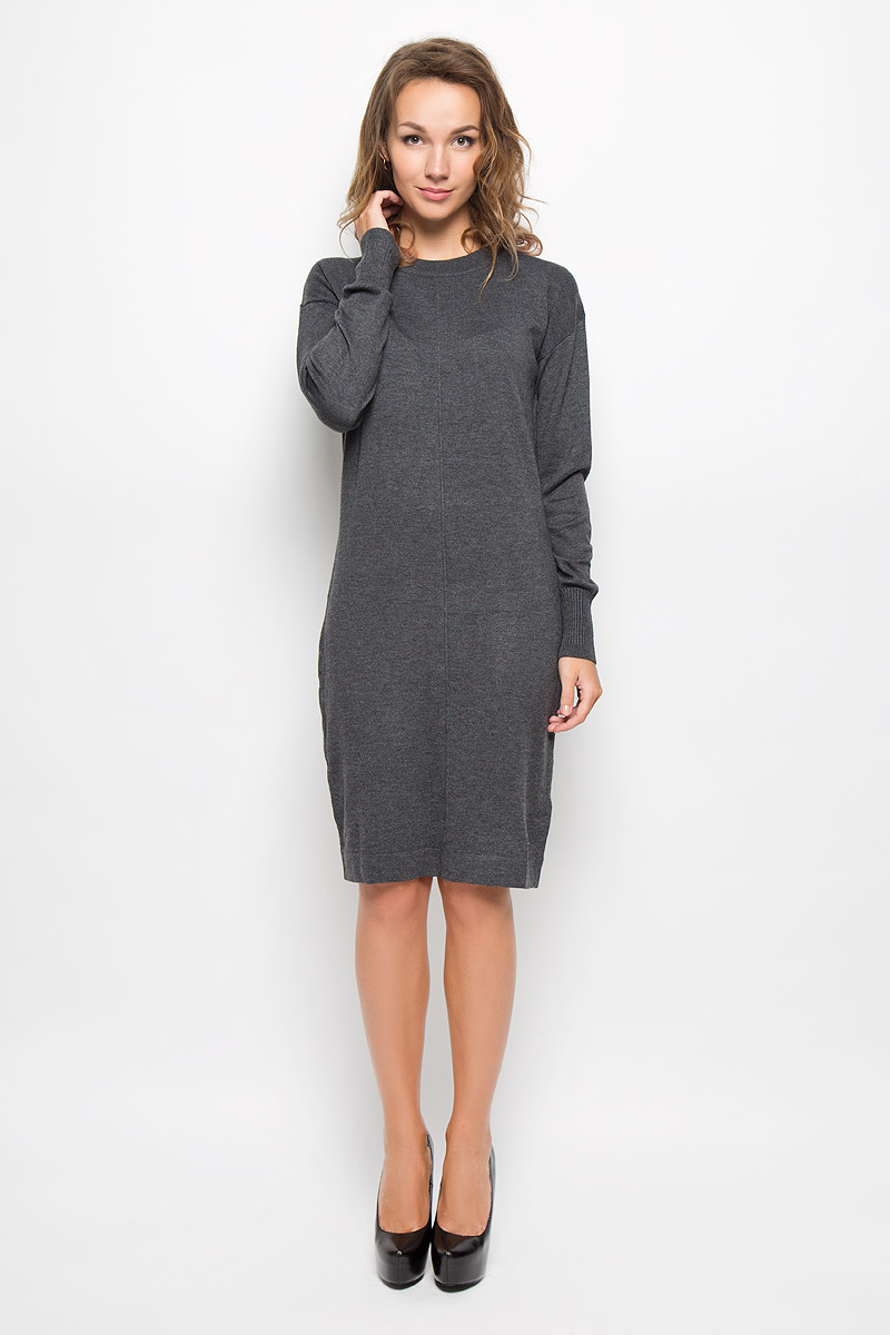 Платье Baon, цвет: темно-серый. B429. Размер L (48)B429_MARENGO MELANGEЭлегантное трикотажное платье Baon выполнено из высококачественного комбинированного материала. Такое платье обеспечит вам комфорт и удобство при носке и непременно вызовет восхищение у окружающих.Платье-миди с круглым вырезом горловины и длинными рукавами. Горловина и низ рукавов связаны резинкой. Изысканное платье-миди создаст обворожительный и неповторимый образ.Это модное и комфортное платье станет превосходным дополнением к вашему гардеробу, оно подарит вам удобство и поможет подчеркнуть ваш вкус и неповторимый стиль.